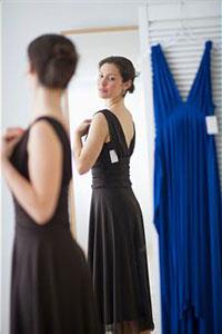 Стильные девушки одеваются по правилам этикета