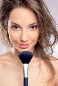 Как краситься не надо? 5 ошибок в макияже, которые старят