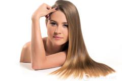 Как нельзя ухаживать за волосами: 7 вредных привычек