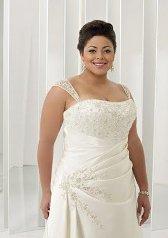 Как выбрать свадебное платье для невесты с пышными формами