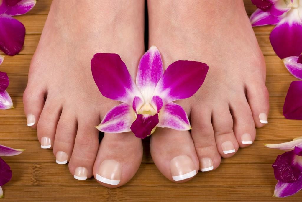 Как сделать свои ногти на ногах красивые