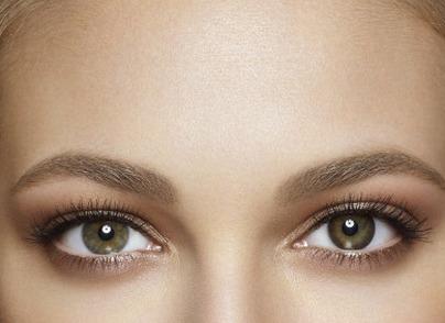 Блеск в глазах: что такое бьюти-линзы
