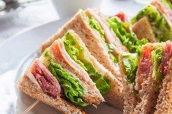 Лучшие закуски для пикника.Рыбные сэндвичи
