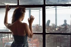 Как ревность женщины разрушает отношения Источник: http://artpsiholog.ru/revnost-zhenshhiny/ © Психология отношений