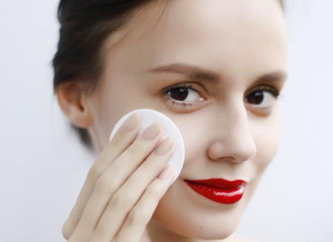 Топ-5 натуральных средств для снятия макияжа