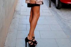 Одевайся правильно: 10 способов визуально удлинить ноги