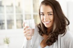 Разгрузочный день на минеральной воде — для похудения и детокса