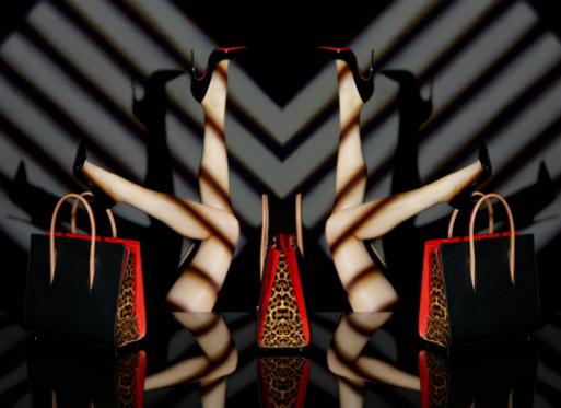 Новая коллекция сумок от Christian Louboutin