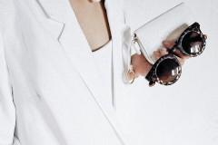 Как правильно носить белый цвет зимой