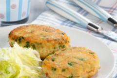 Рыбные котлеты, запеченные в духовке: вкусная классика
