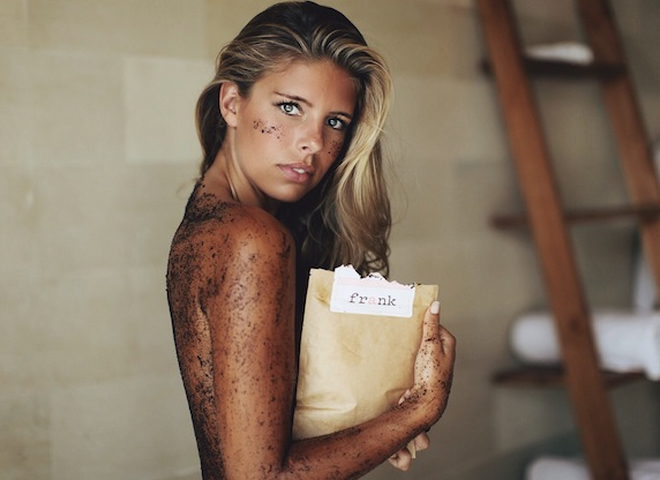 Кофейный скраб: восстанавливаем кожу после зимы