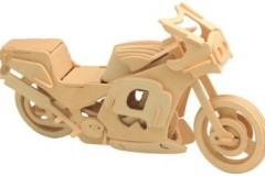 Деревянная игрушка в подарок ребенку