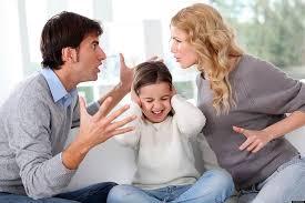 Как позаботиться о ребенке, если один из родителей является наркоманом?