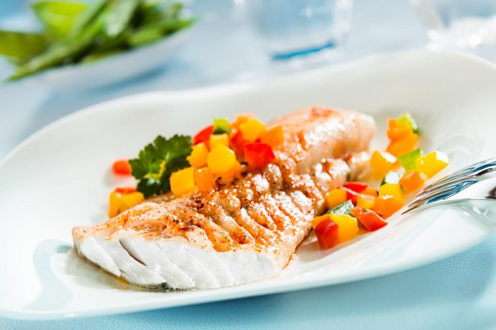 Почему нужно есть морепродукты и чем они полезны?