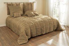 Купить покрывало на кровать — для дизайна комнаты и защиты постели
