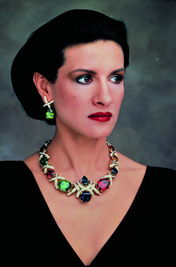 Tiffany & Co. отмечает 35-летие сотрудничества с Паломой Пикассо