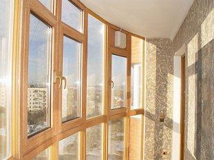Остекление балкона пластиком: за и против