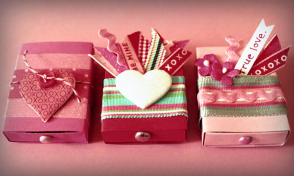 Подарок для мамы своими руками легкие