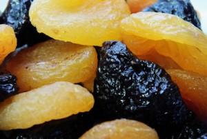 Вкусная польза: как правильно выбирать сухофрукты