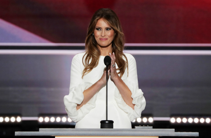 Ralph Lauren и Karl Lagerfeld борются за право одевать Меланию Трамп