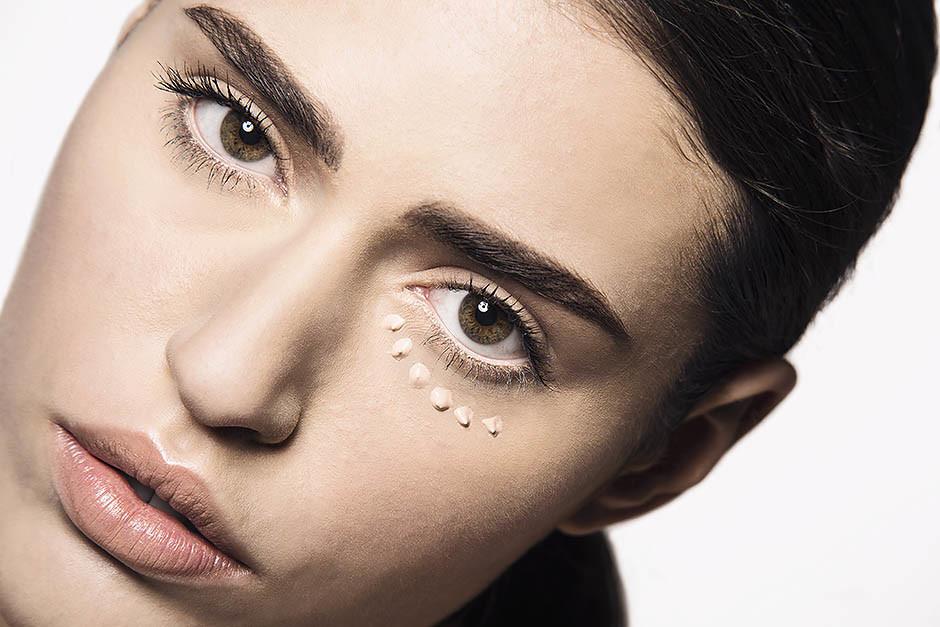 Как правильно маскировать несовершенства кожи