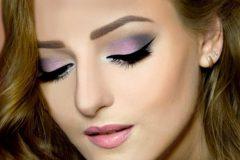 Как правильно нанести праздничный макияж