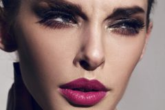 10 ошибок макияжа, которые заставляют выглядеть старше