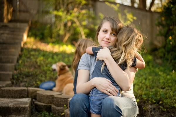 Что делать, если малыш боится расставаний