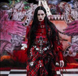 Неделя моды в Лондоне: коллекция Dilara Findikogulu весна-лето 2018