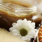 Сахарный скраб от «апельсиновой корки» в проблемных зонах