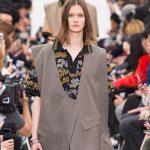 Платья в виде пиджаков на показе Celine