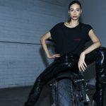 Анна Дело Руссо выпустила коллекцию одежды из винила