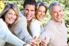 Взрослые дети и их родители: кто кому должен помогать?