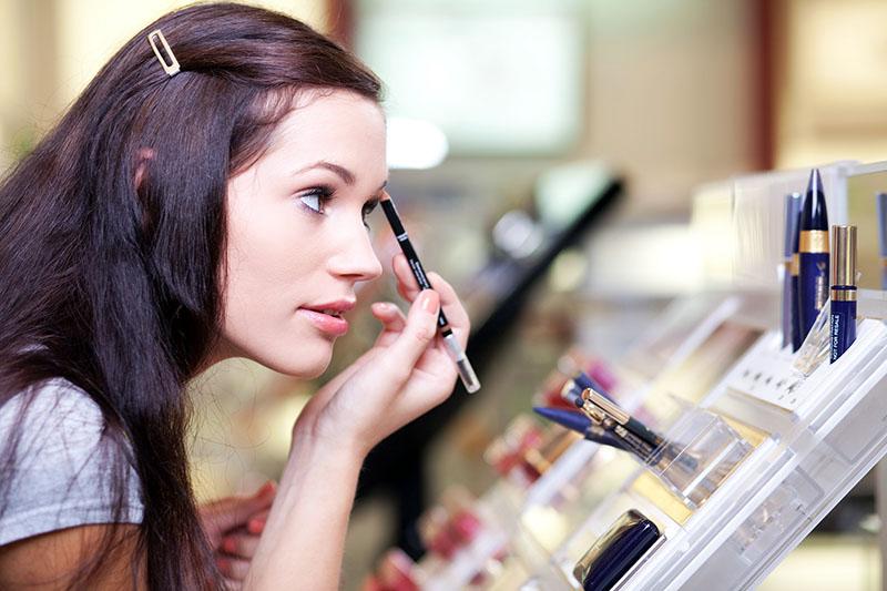 Как выбрать хорошую и недорогую косметику