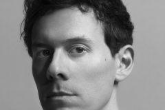 Модные перестановки: в Mugler новый креативный директор