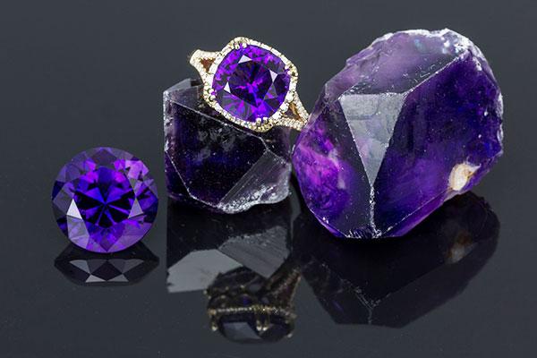 Каменный век: кристаллы как источник положительной энергии