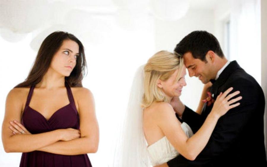 Он женат. Что делать?