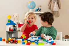 Где родителям купить детские товары по самой выгодной цене