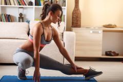 Где лучше тренироваться в зале или дома?