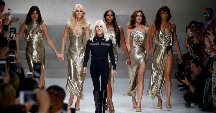 Michael Kors купили Versace