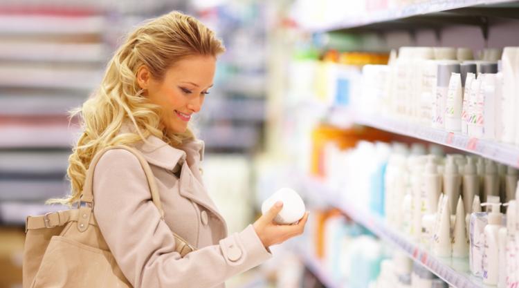 Как покупают косметику практичные женщины