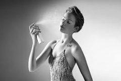 Как правильно использовать термальную воду и спреи для лица