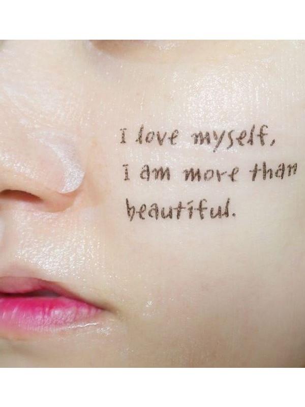 Временные «татуировки» на лице