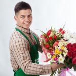 Красивая доставка цветов по Хмельницкому для юной леди, девочки, любимой женщины