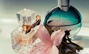 Как нельзя наносить аромат и какой ингредиент считается самым женственным: 8 вопросов парфюмерному эксперту