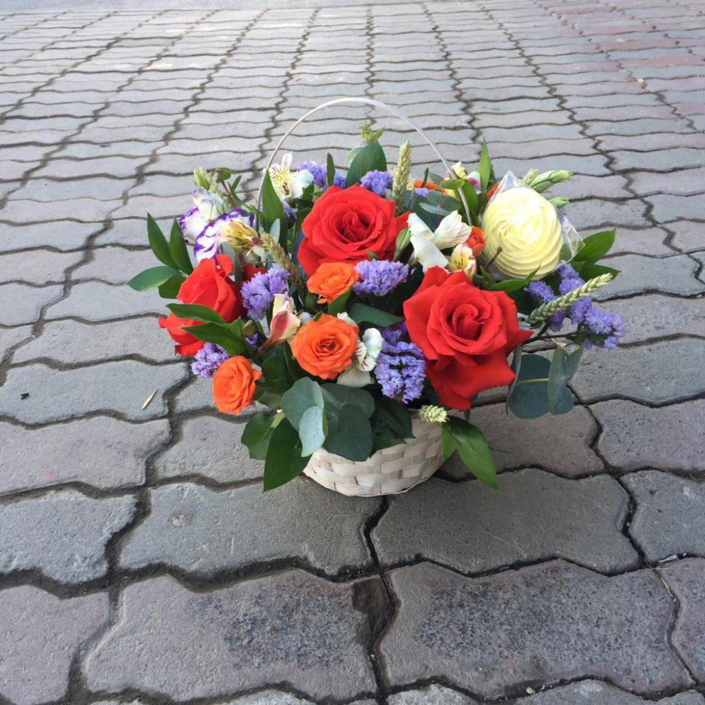 Яркая доставка цветов в Запорожье – это выражение благодарности близким