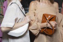 5 трендовых сумок на весну