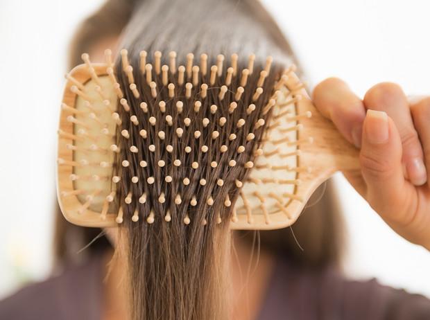 Советы остеопата: как улучшить состояние волос без ухода и процедур