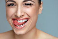 Маркер здоровья: о чем может рассказать цвет зубов