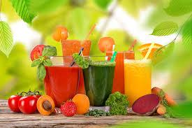 Самые полезные свежевыжатые соки на лето